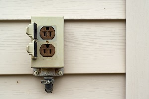 Outdoor electrical outlets, lighting, wiring services
